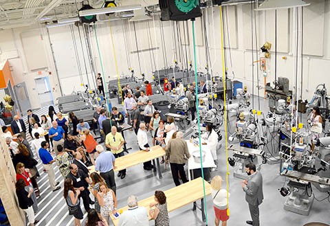 Image of the center for advanced manufacturing.
